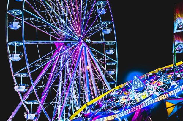 carinval at night